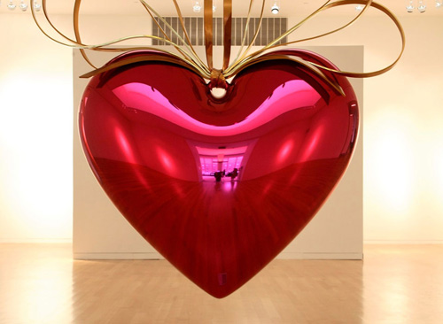 koons hanging heart
